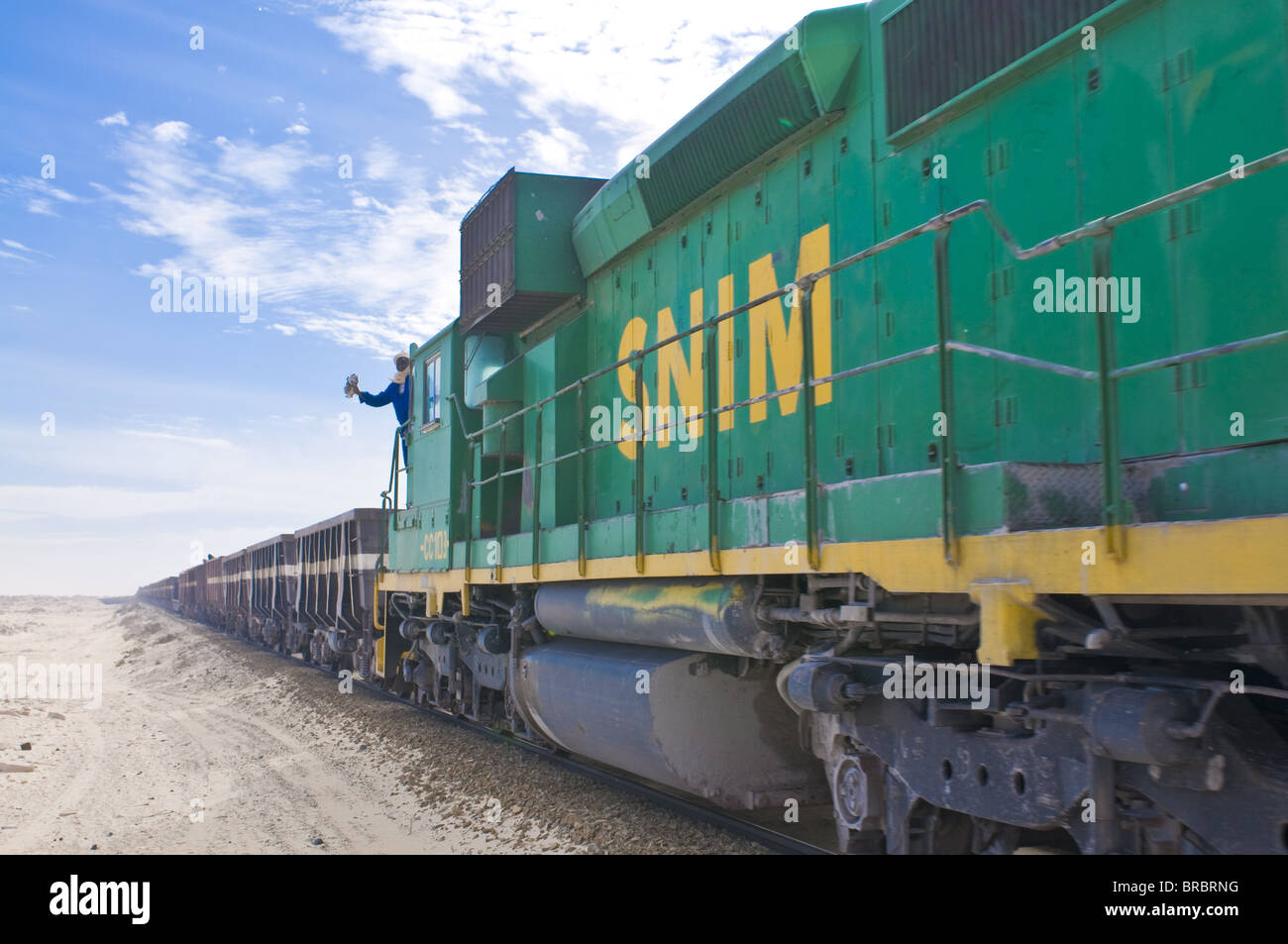 The longest iron ore train in the world between Zouerate and Nouadhibou, Mauritania - Stock Image