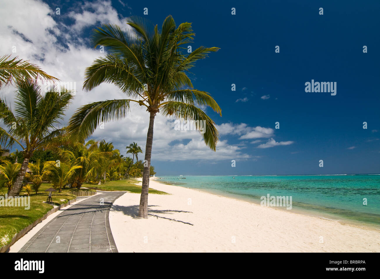 The beach of the Beachcomber Dinarobin six star hotel, Mauritius, Indian Ocean - Stock Image
