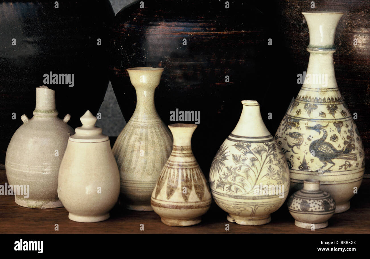Collection of Kalong bottles from the 14th and 15th centuries, John Shaw Collection, Thailand - Stock Image
