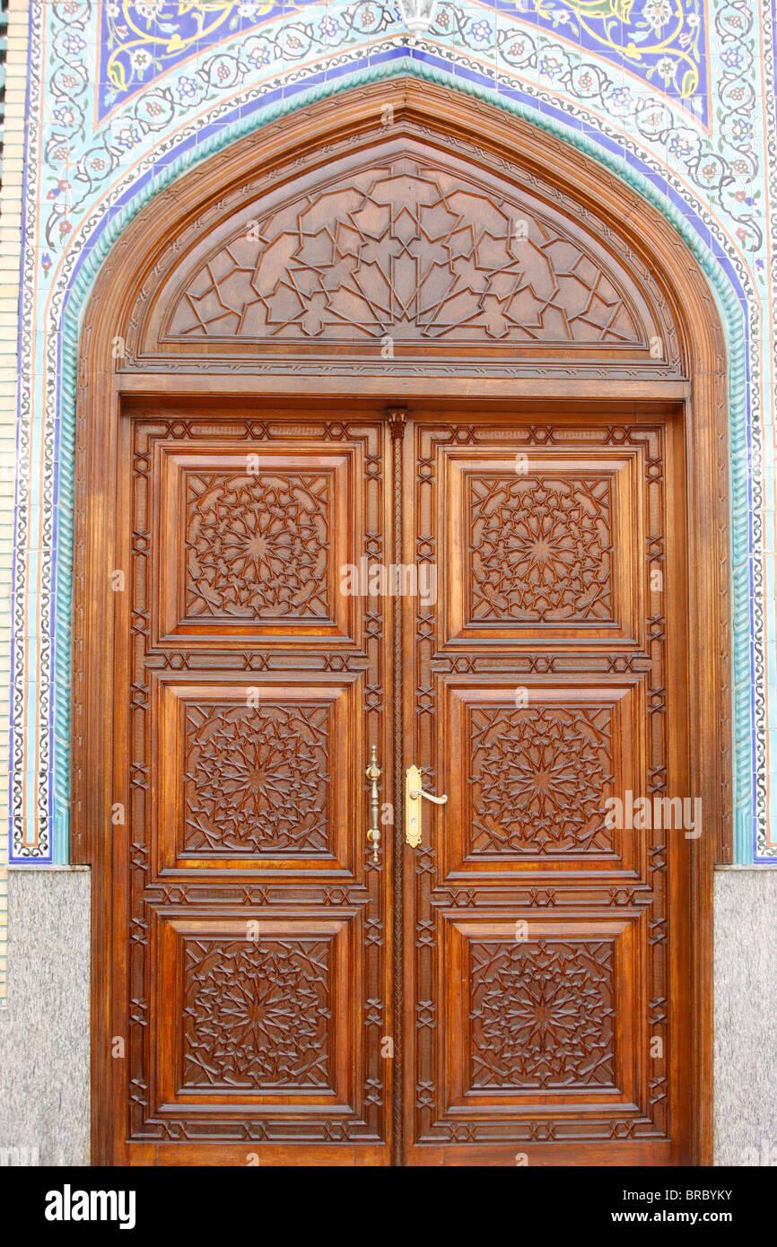 Superbe Ali Bin Abi Taleb Mosque Door, Dubai, UAE   Stock Image