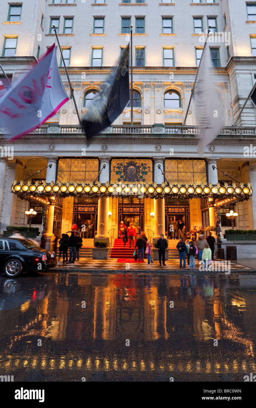 Entrance to the Plaza Hotel on Fifth Avenue, Manhattan, New York City, New York, USA - Stock Image