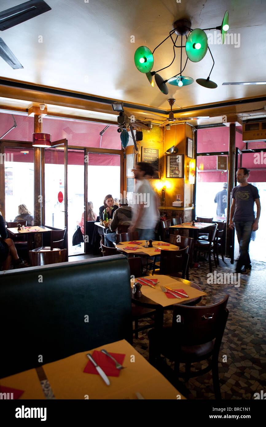 Chez Prune Restaurant, Canal Saint Martin, Paris - Stock Image