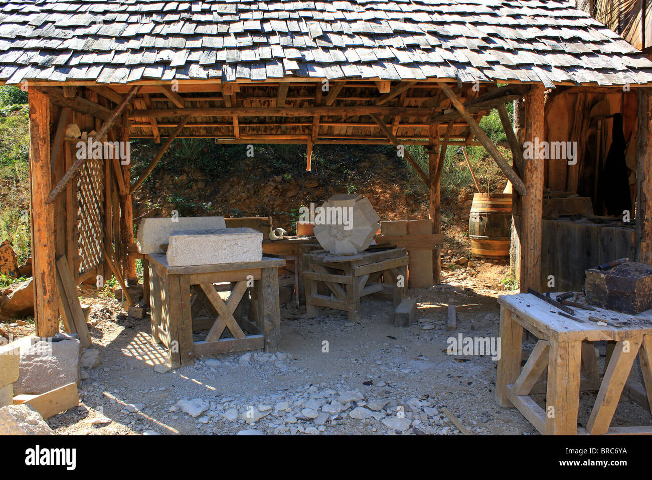 sculpture workshop for medieval stonemasons - Stock Image