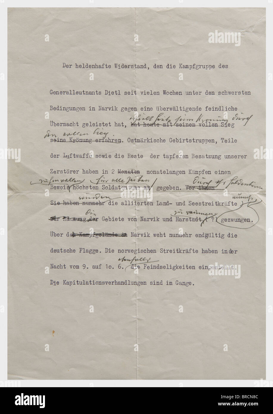 Adolf Hitler - a handwritten correction, of the special announcement 'Narvik in German hand' DIN A4 page - Stock Image