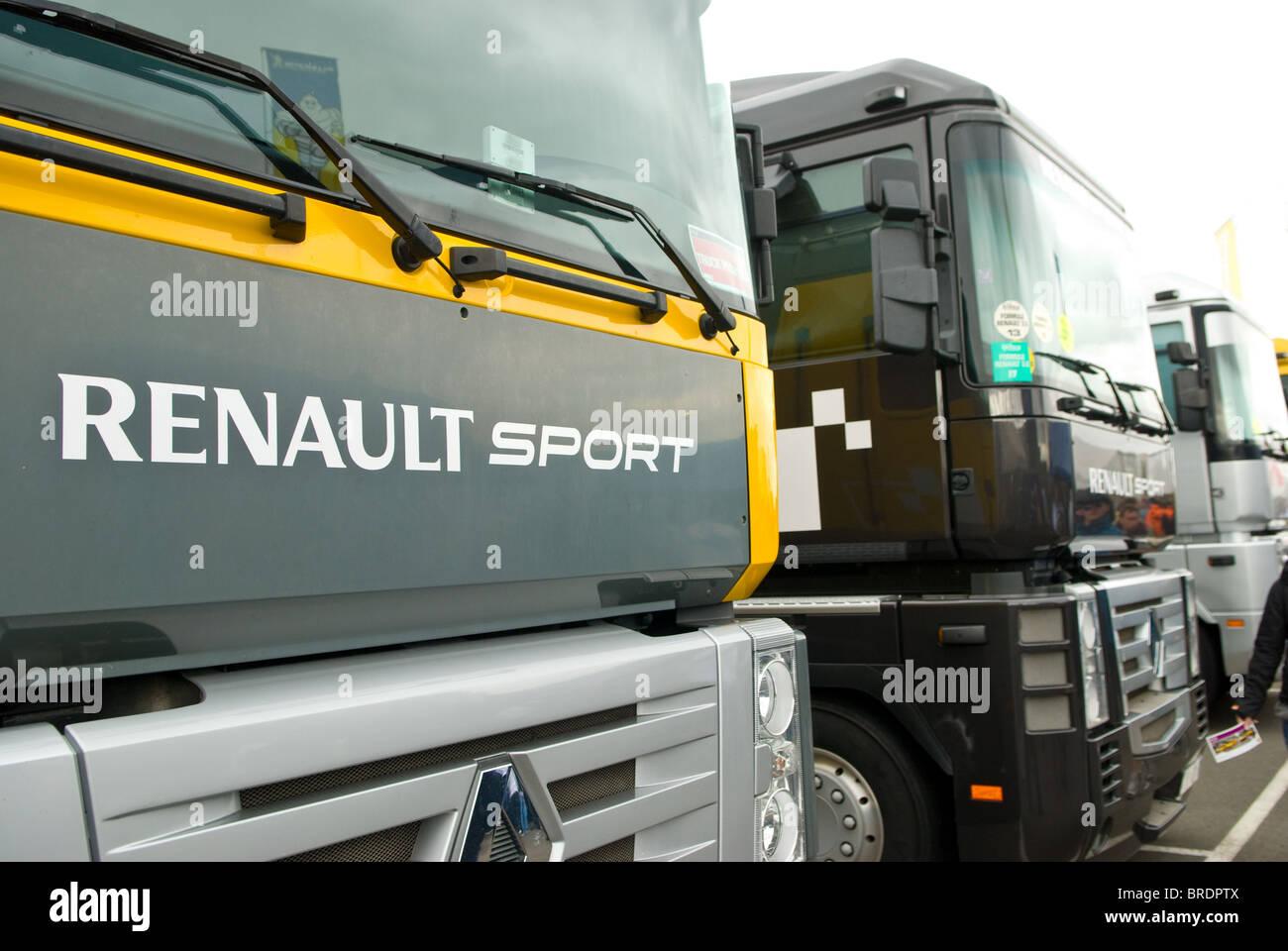 Renault Transporter Trucks Used For Transporting Formula
