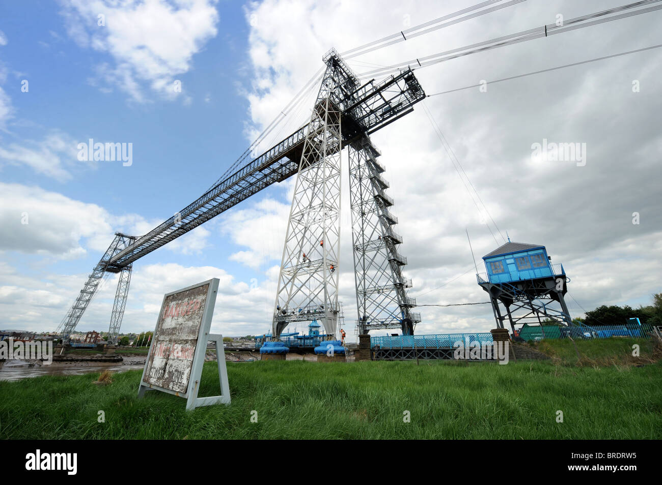 Scaffolders tower cable cables engineers Refurbishment The Newport Transporter Bridge South Wales crossing span Stock Photo