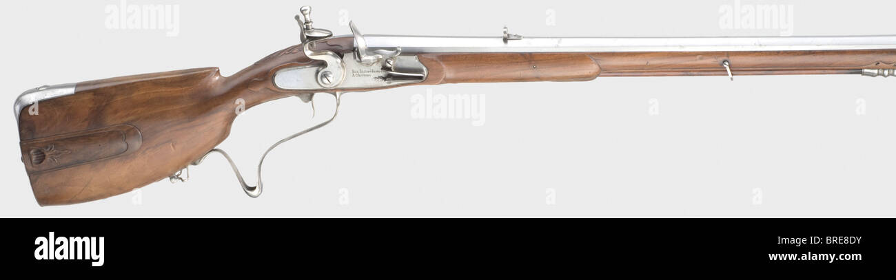 A fine German flintlock sporting rifle (Müllerbüchse), Johann Jacob Humburg, Kassel, 18th century. Slightly - Stock Image