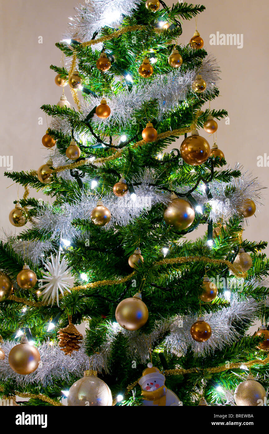 Tinsel Stock Photos & Tinsel Stock Images - Alamy
