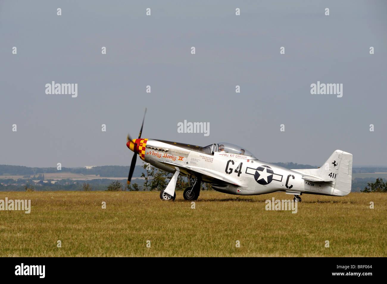 Nooky Booky IV,North American Aviation Mustang P-51D, Aerodrome de Cerny- La Ferte-Alais, Amicale Jean-Baptiste - Stock Image