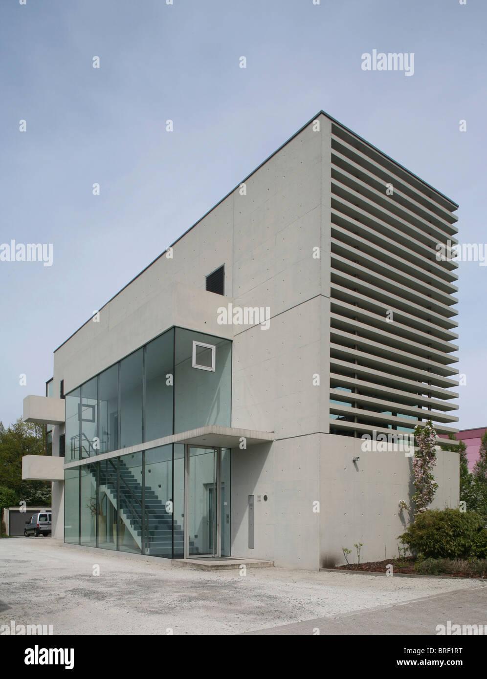 Modern office building, Gelsenkirchen, Ruhr Area, North Rhine-Westphalia, Germany, Europe - Stock Image