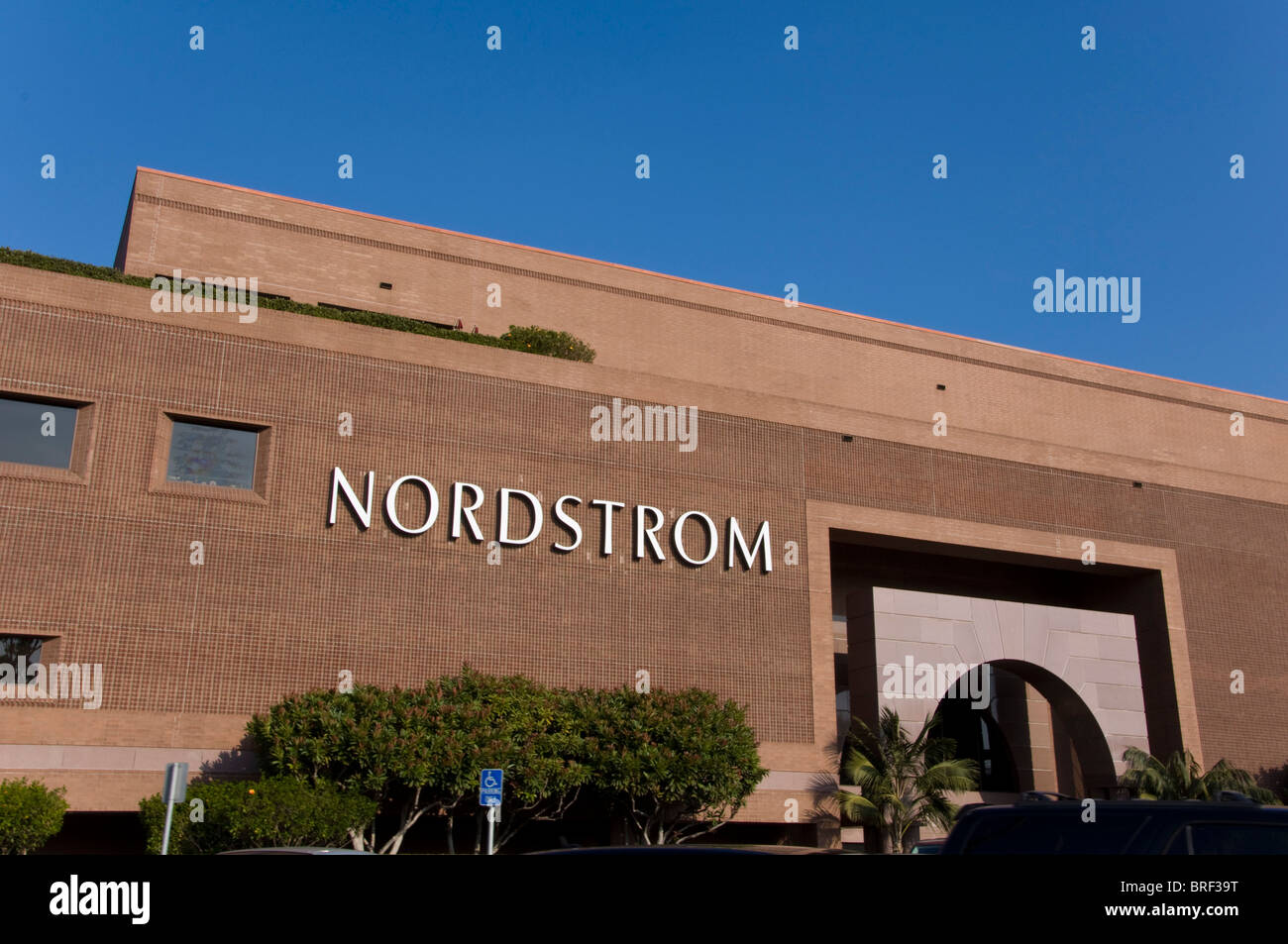 Nordstrom Store Stock Photos & Nordstrom Store Stock Images - Alamy