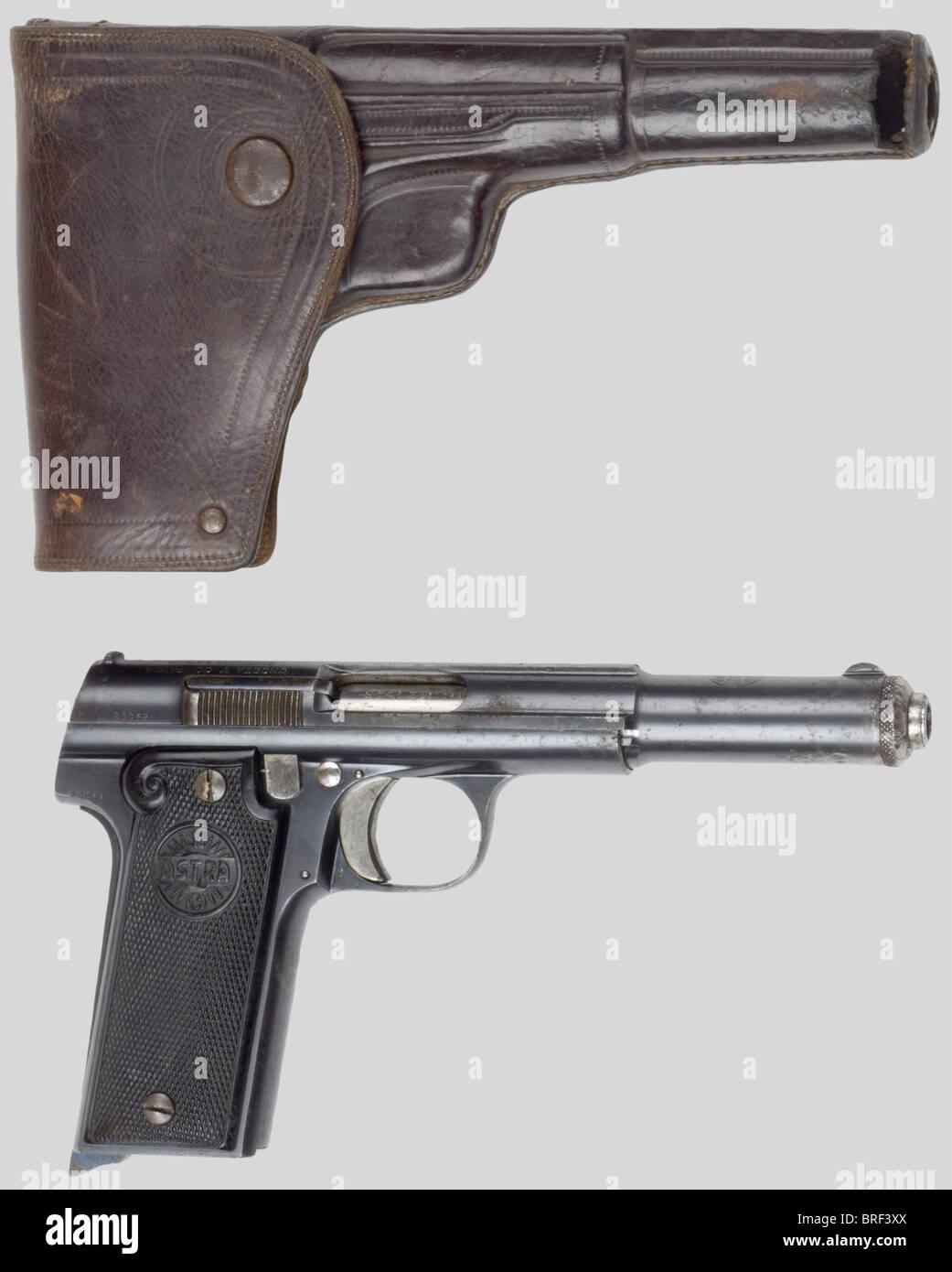 Armes à feu, Pistolet ASTRA modèle 21, no. 50049. Il est capable de tirer sans soucis un nombreux type - Stock Image