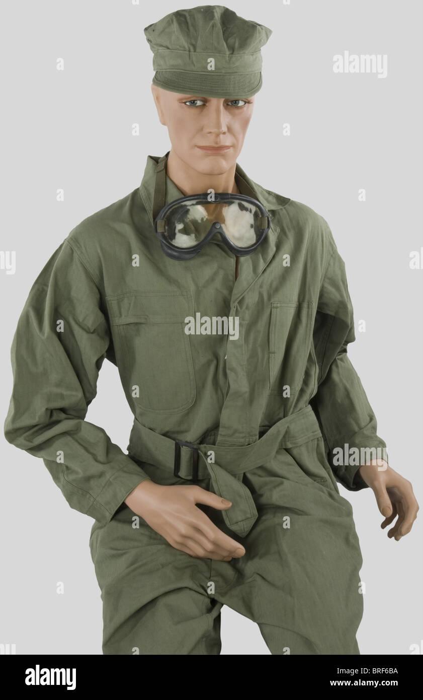 Etats Unis Deuxième Guerre Mondiale, Chef de bord de l'US Army, sur mannequin, comprenant casquette de - Stock Image