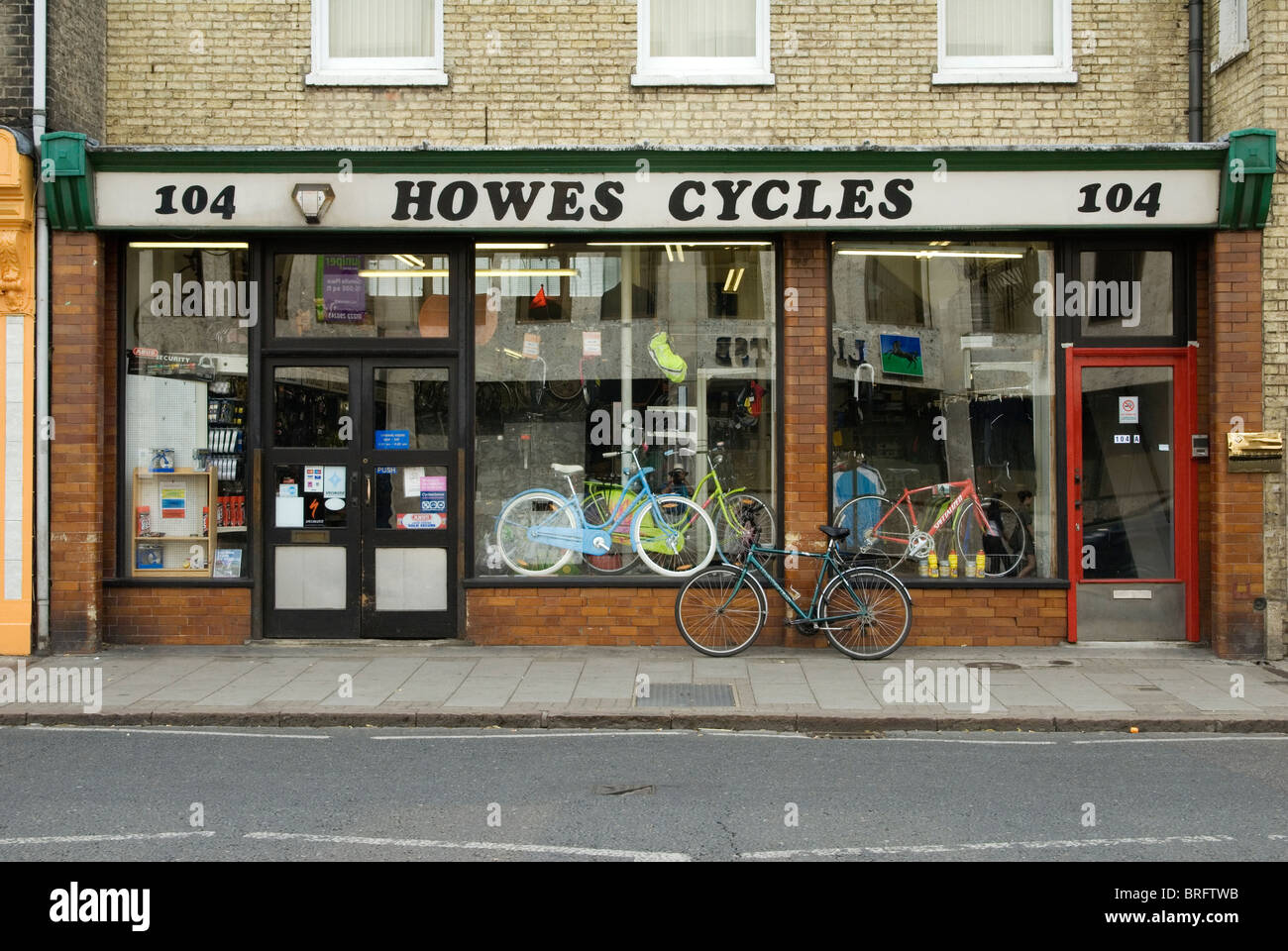 The long-established Howes Cycles shop in Cambridge, England - Stock Image