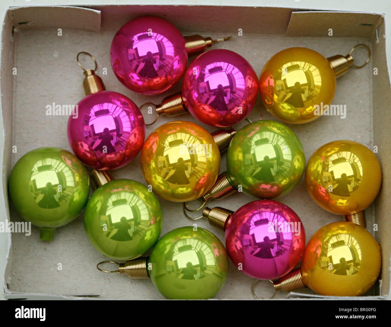 Christbaumkugeln Magenta.Weihnachten Christbaumkugeln Weihnachtsschmuck Bunt Christmas