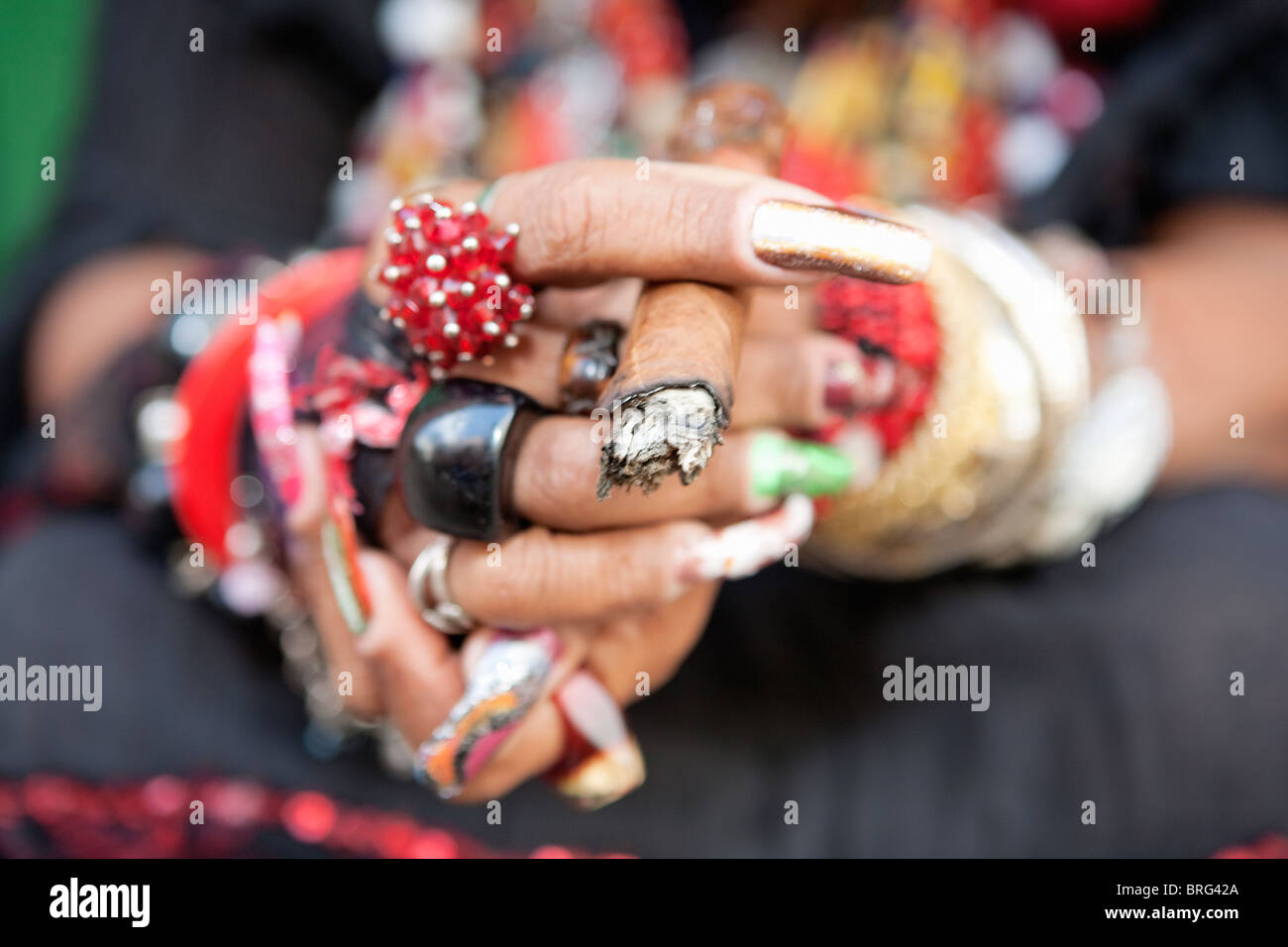 HAVANA: WOMANS HANDS AND CIGAR - Stock Image