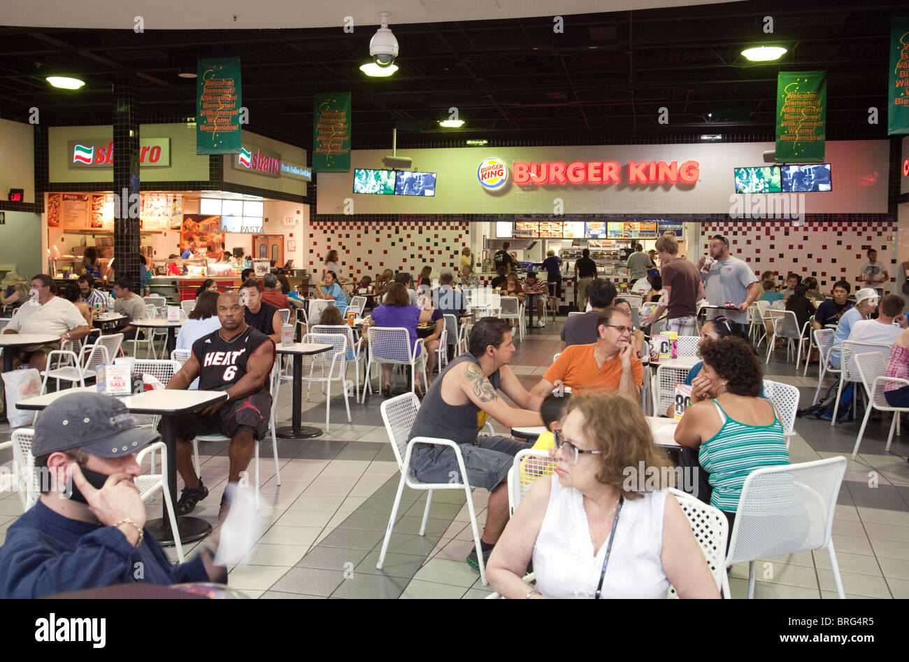 People Eating In Fast Food Restaurants Las Vegas Shopping