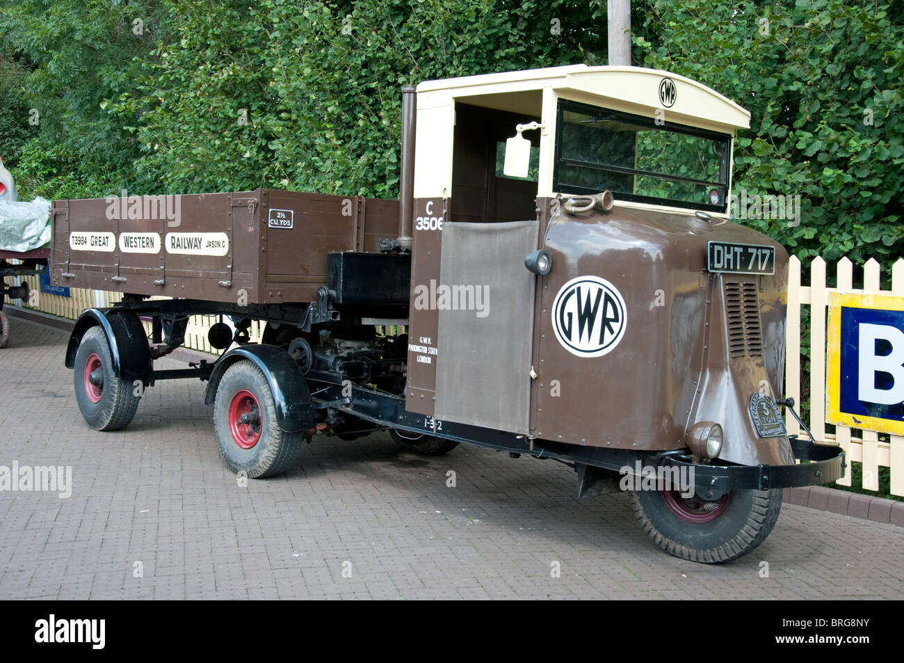 Scammell Three wheeled truck with trailer Stock Photo