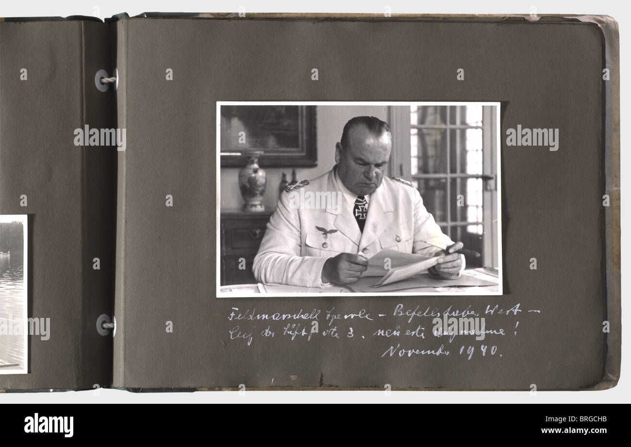 A memento album for a Luftwaffe staff officer of the 3rd Luftflotte, with 133 photos of different sizes, some inscribed - Stock Image