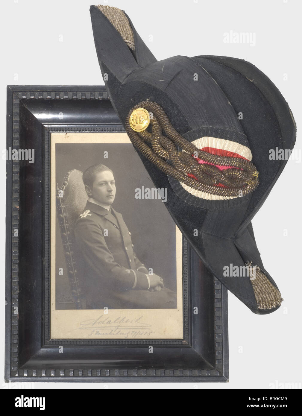 Prince Adalbert Ferdinand Berengar of Prussia (1884 - 1948), a cocked hat and a photograph Cocked hat of black mohair - Stock Image