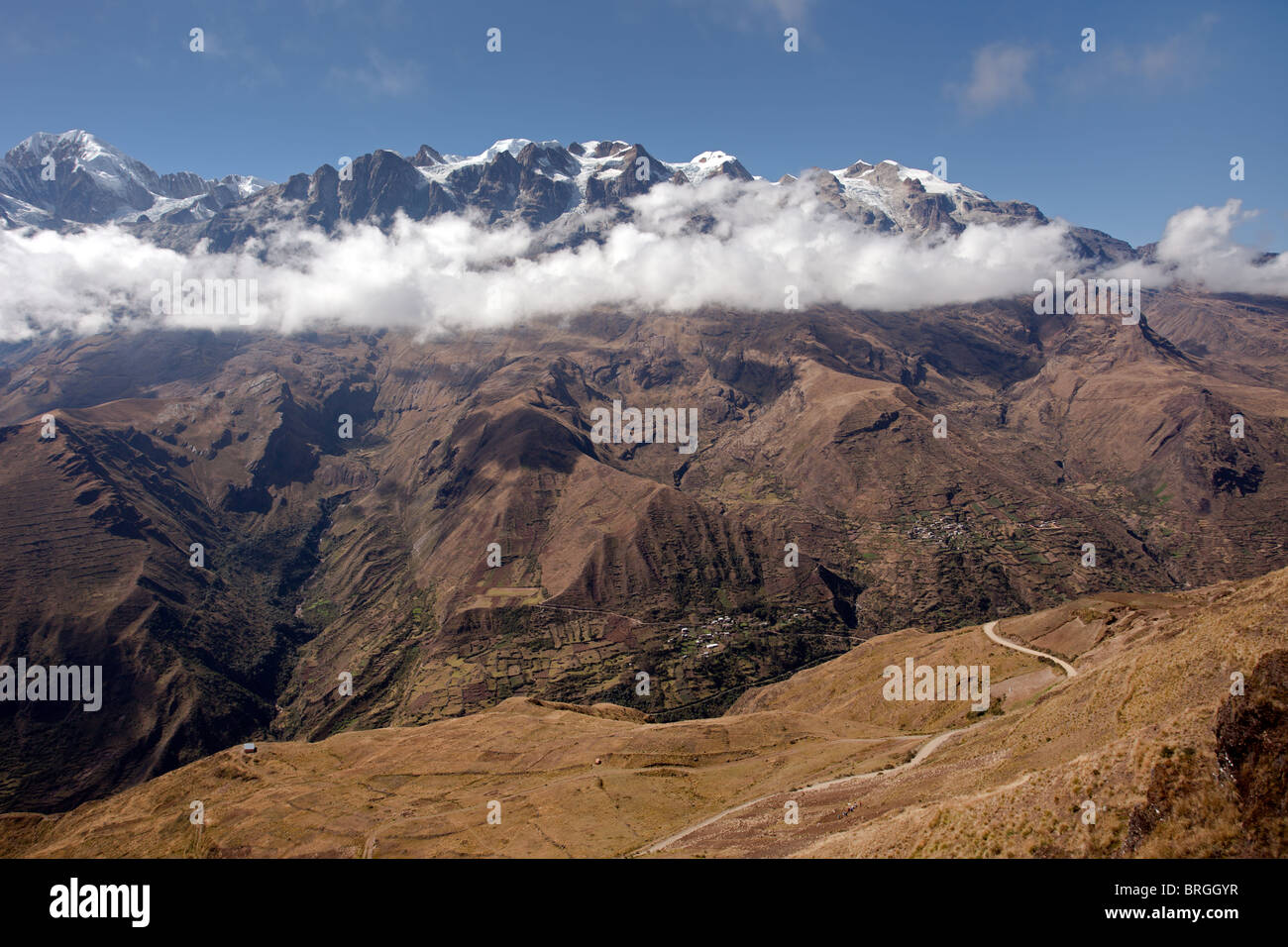 Cordillera Real: Illampu Mountain - Stock Image