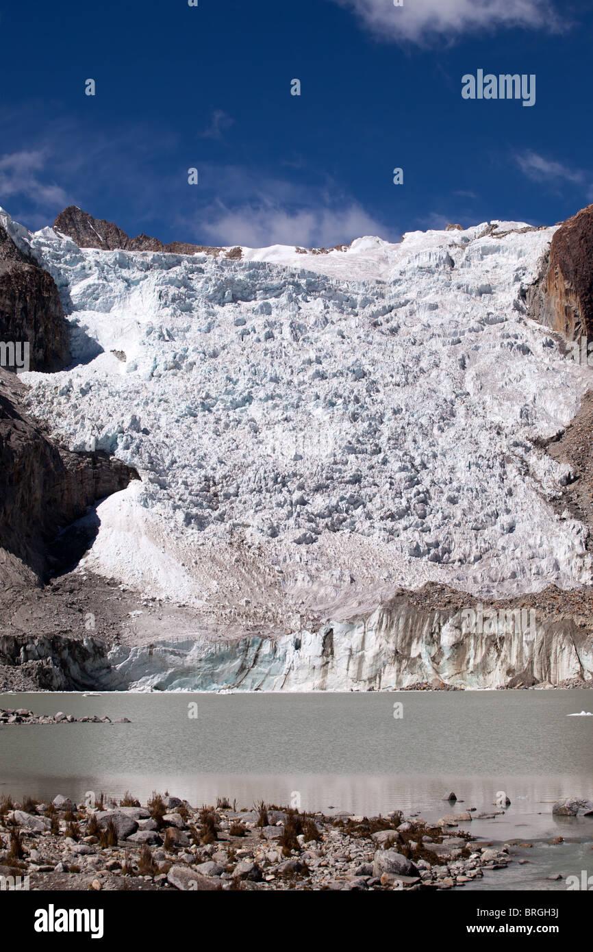 Laguna Glacial Trek: Glacier at 5100m. - Stock Image