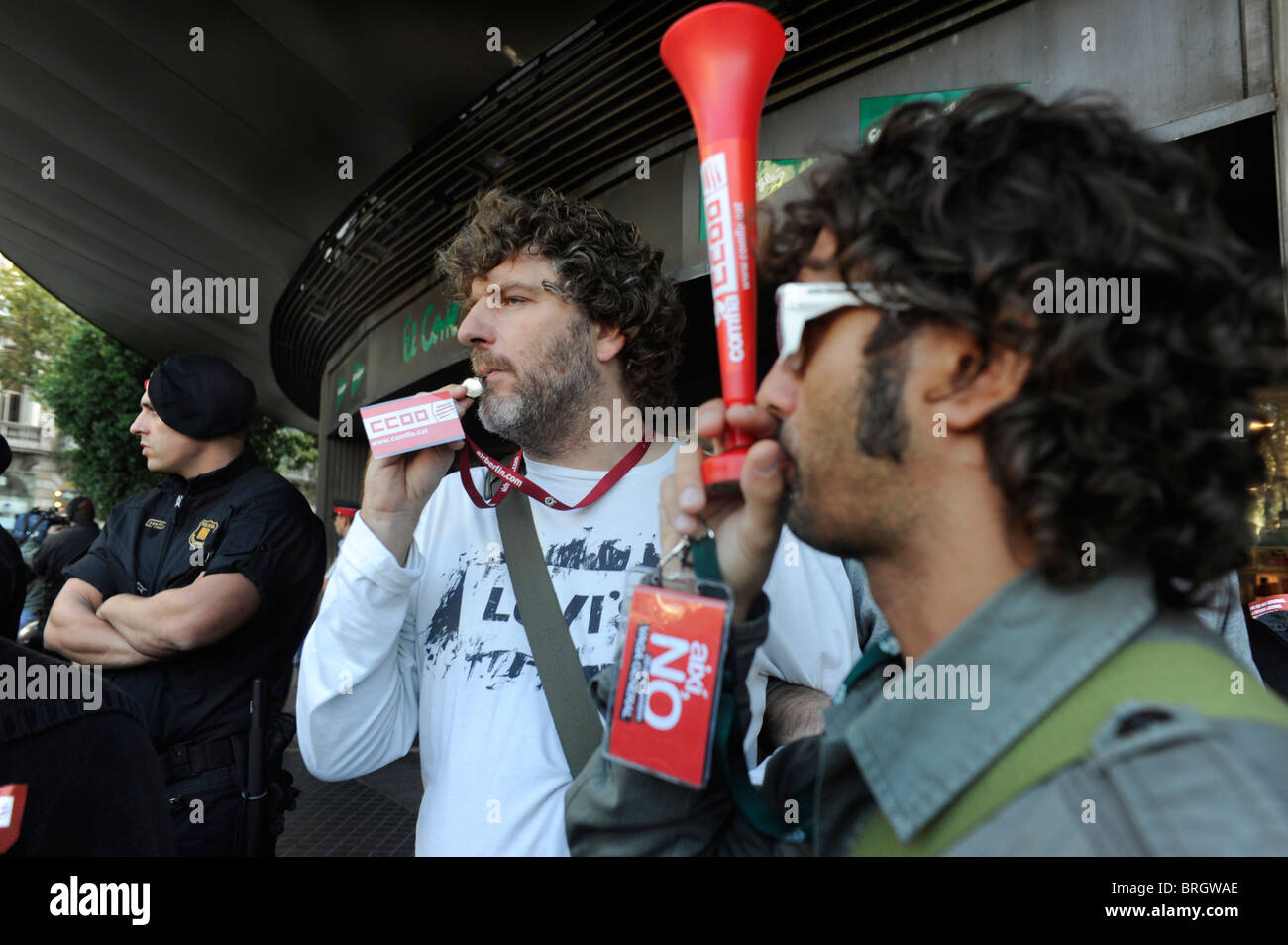 Barcelona,September, 29,2010.- Picket  during the strike  across Spain to protest the government labor reforms . - Stock Image