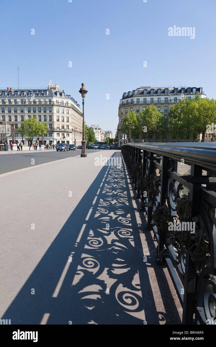 Pont Notre-Dame Paris France - Stock Image
