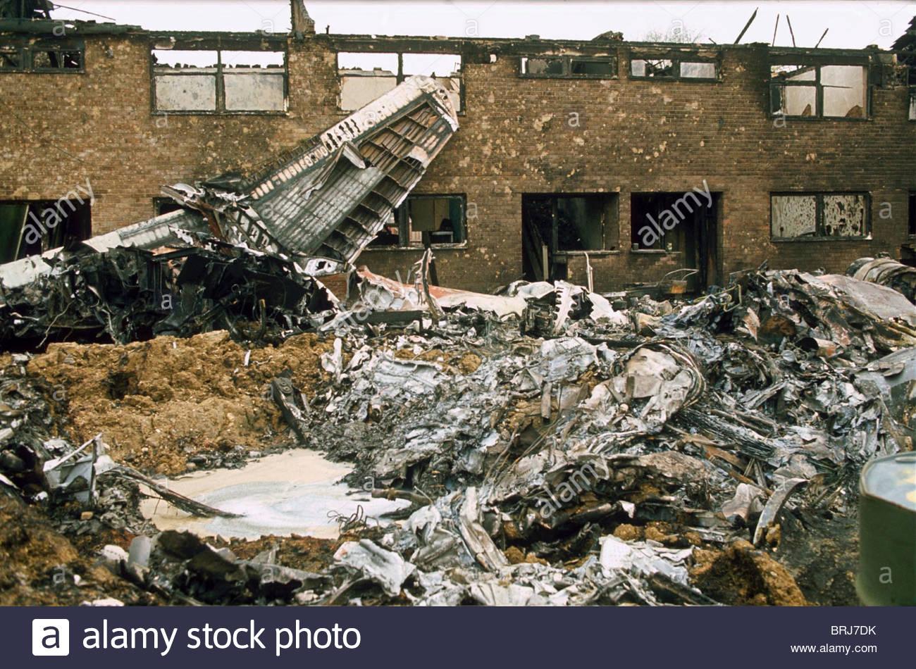 BRITISH MILITARY AIRPLANE CRASH HUNTINGDON BRITAIN 1977 - Stock Image