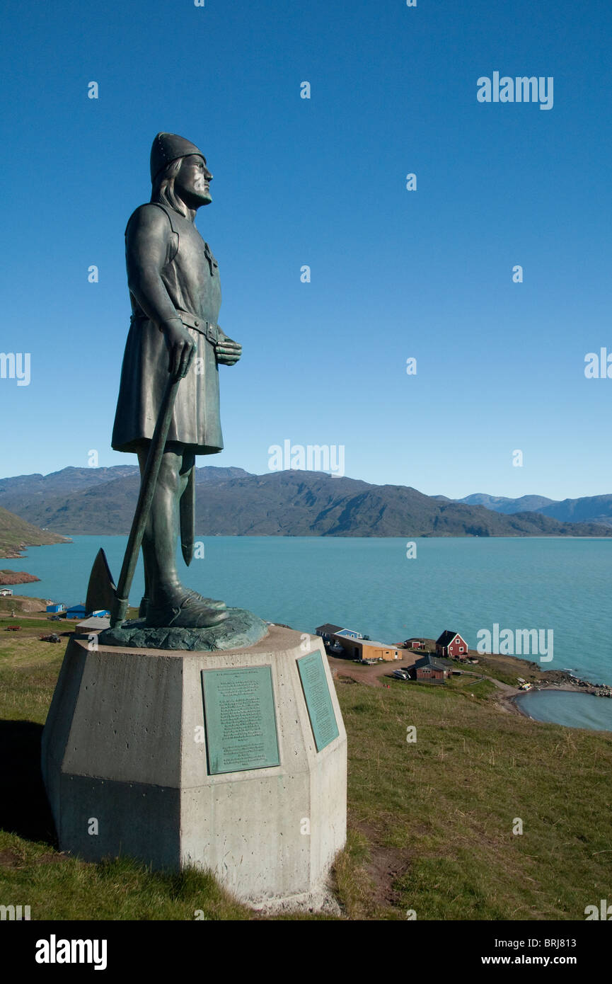 Greenland, Brattahlid (aka Qassiarsuk). Overview of settlement started by Erik the Red. Statue of famous Norse explorer - Stock Image