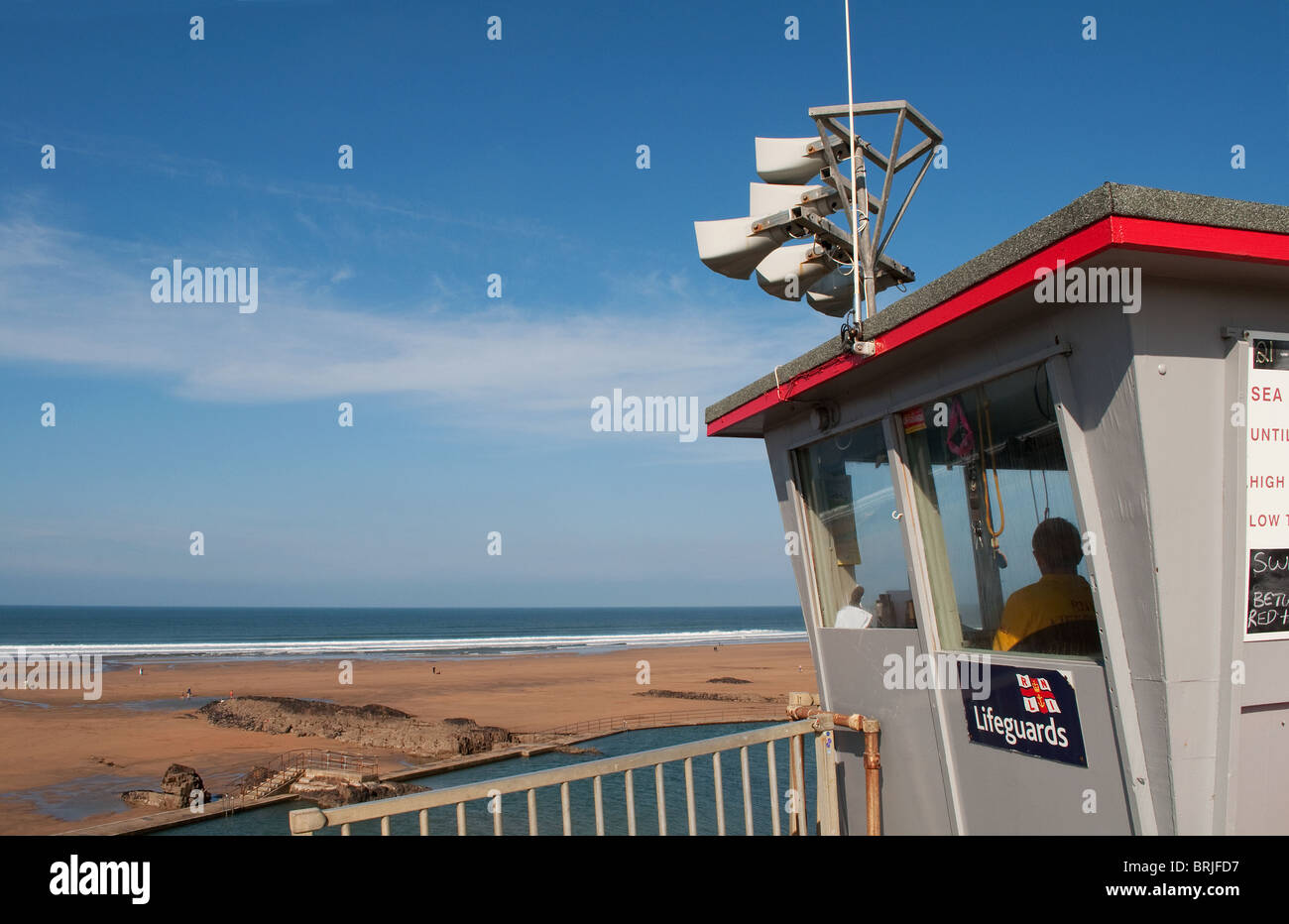 the lifeguards lookout station at summerleaze beach in bude, north cornwall, uk - Stock Image
