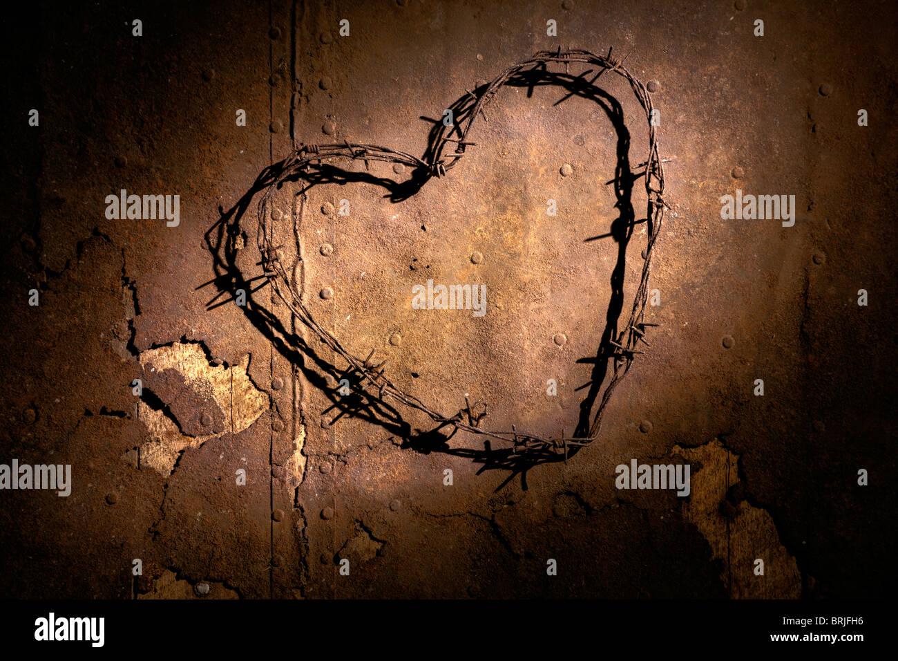 Barbwire heart - Stock Image