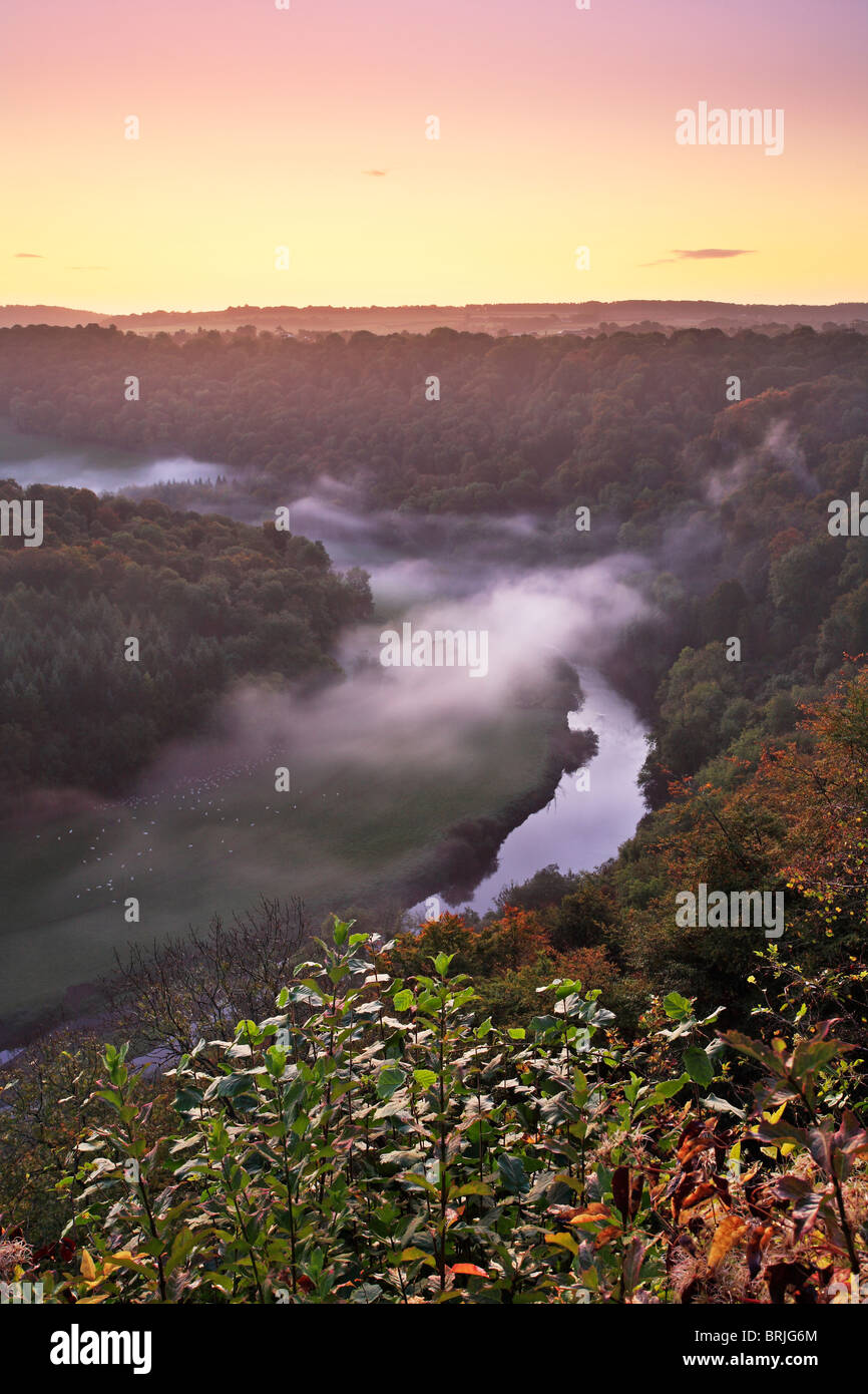 A misty autumn morning over the River Wye as seen from Symond's Yat in Gloucestershire - Stock Image