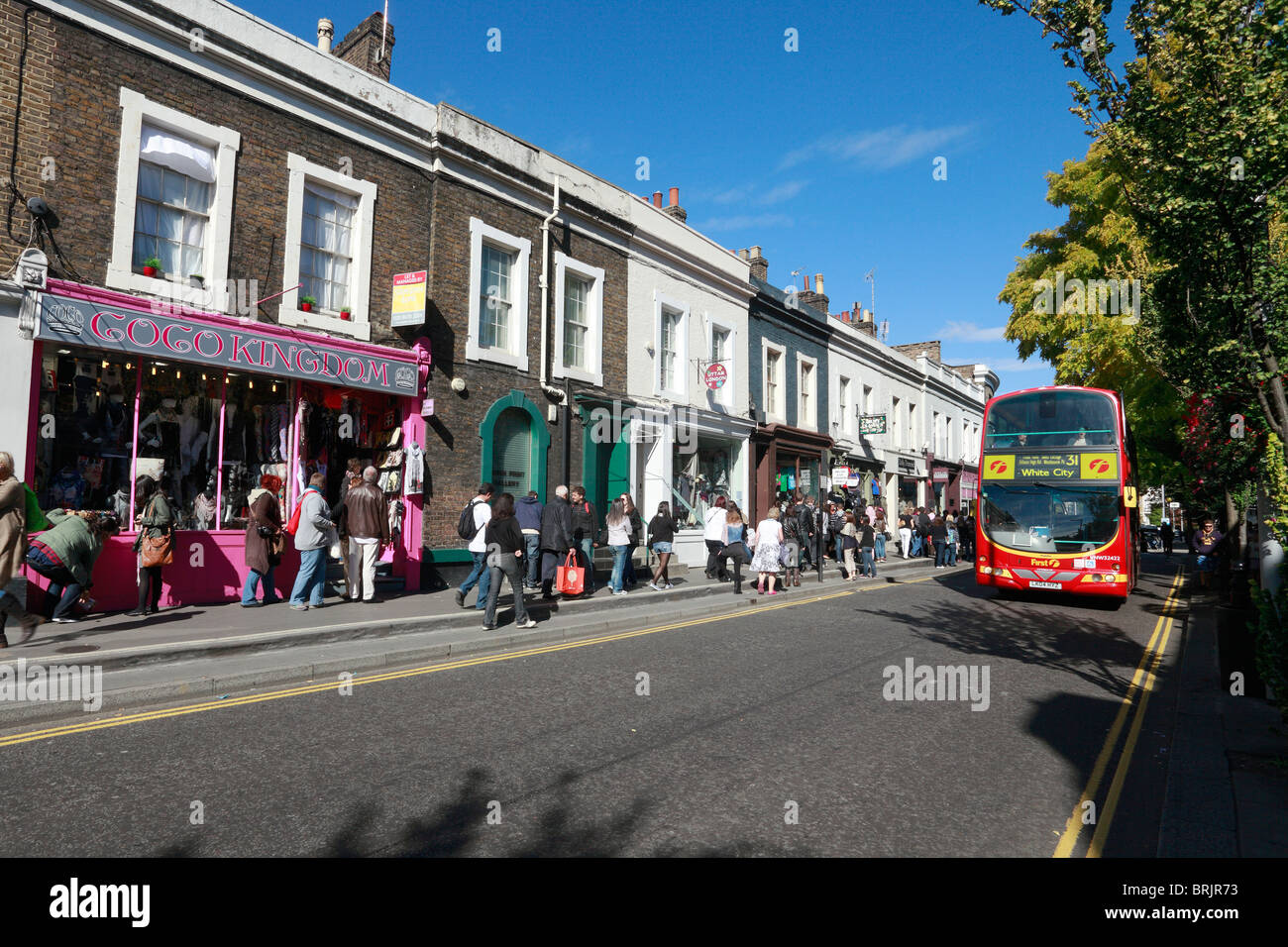 Shopping in Notting Hill Gate London - Stock Image
