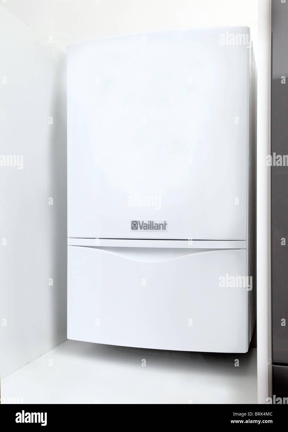 Vailant Ecotech plus 637 household boiler Stock Photo: 31768252 - Alamy