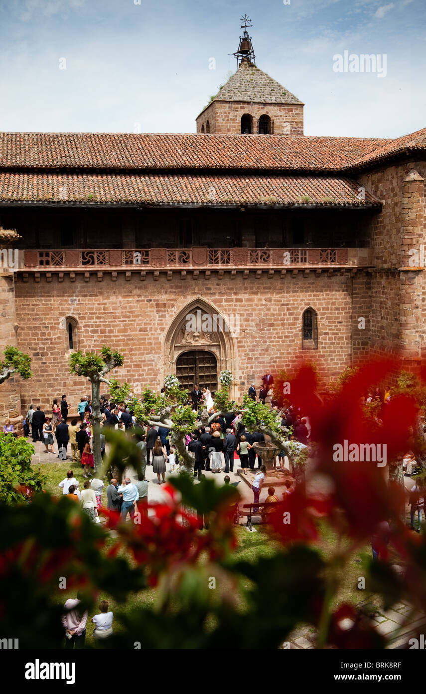 5 June 2010 View from Echaurren hotel of wedding at Ezcaray church, La Rioja, Spain - Stock Image