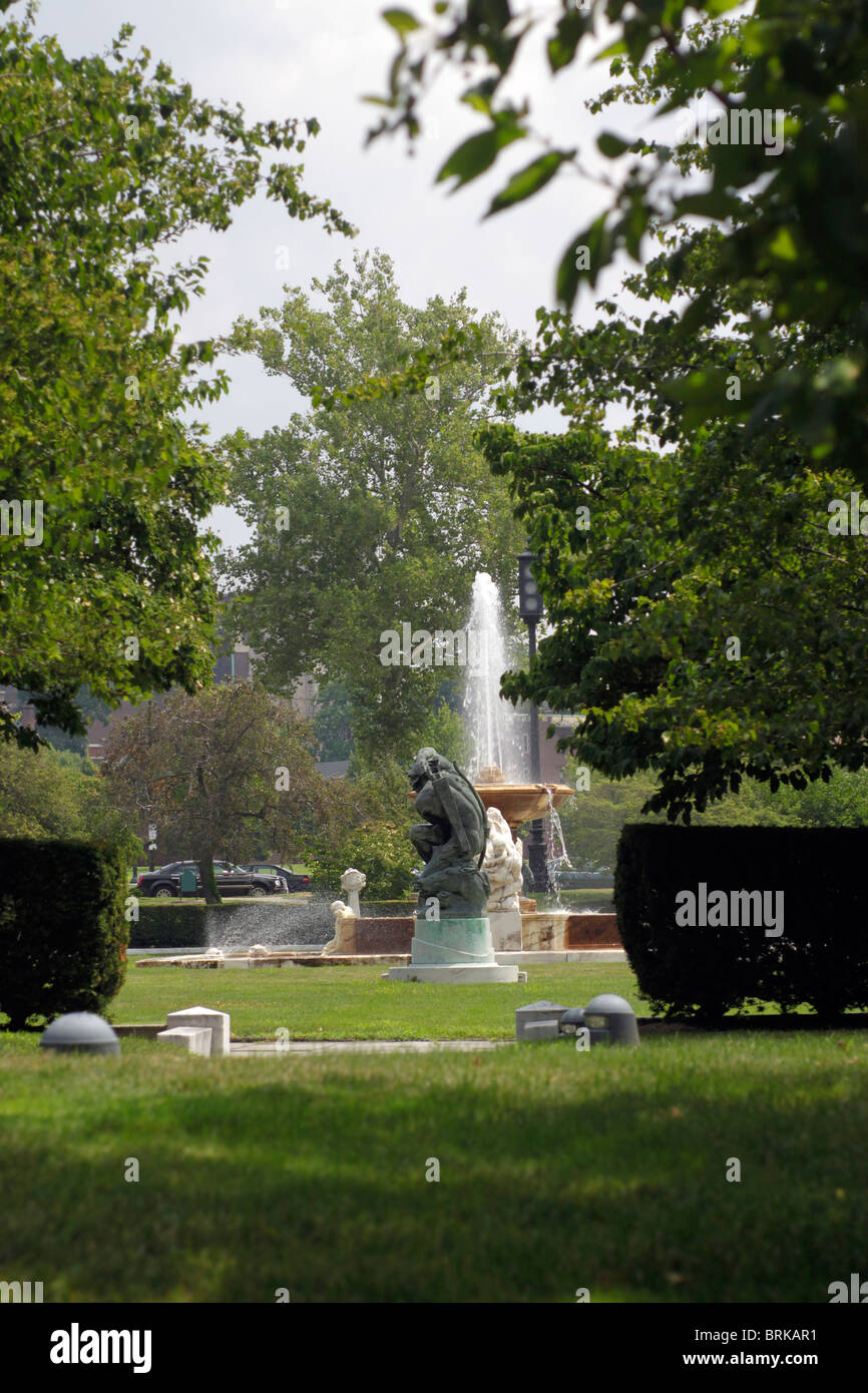 Fountain in park near Wade Lagoon and the Cleveland Museum of Art - Stock Image