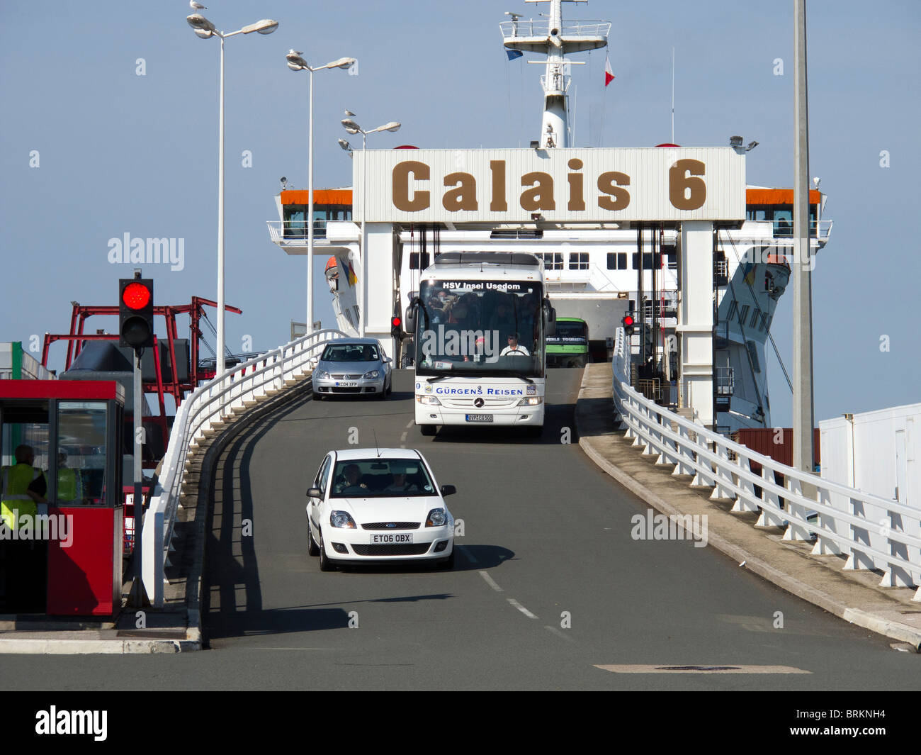 cars and coaches leaving a p o ferry in calais docks france from stock photo 31781488 alamy. Black Bedroom Furniture Sets. Home Design Ideas