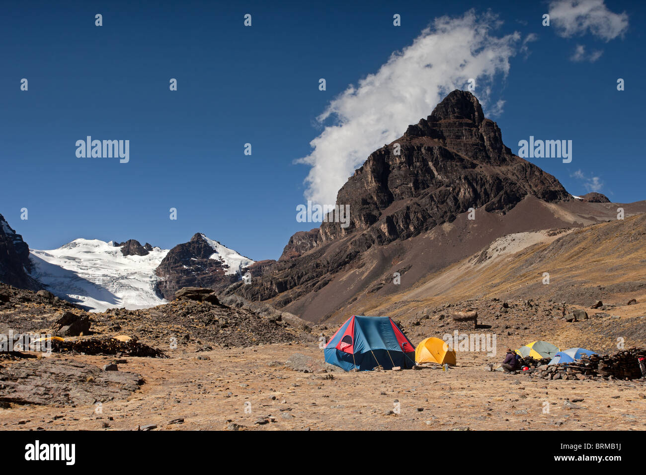 Cordillera Real: Condoriri Mountains: Condoriri Base Camp with Tents - Stock Image