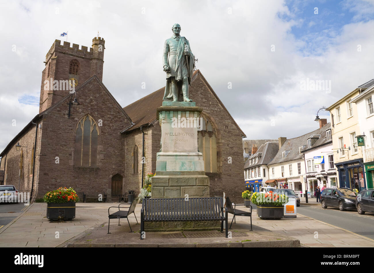 Brecon Powys Wales UK Duke of Wellington statue in front of St Mary's Church in centre of old market town - Stock Image