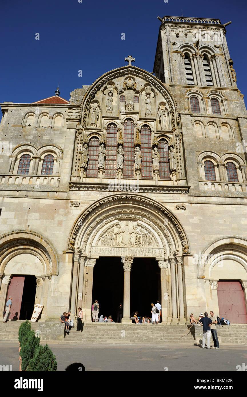 Vezelay,Tympanum of Basilica St Magdelene,Sainte-Marie-Madeleine,UNESCO world Heritage,Way of St James to Santiago - Stock Image