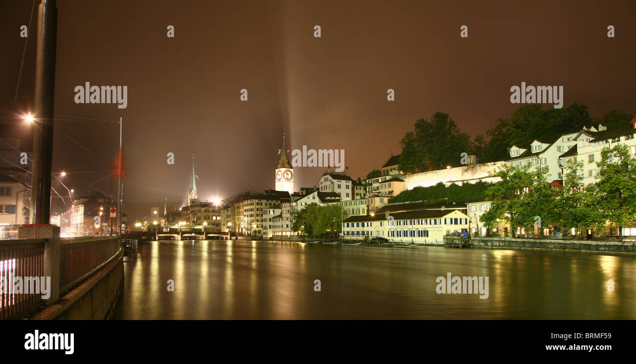 Limmat river from the  Limmatquai by night in zurich - Stock Image