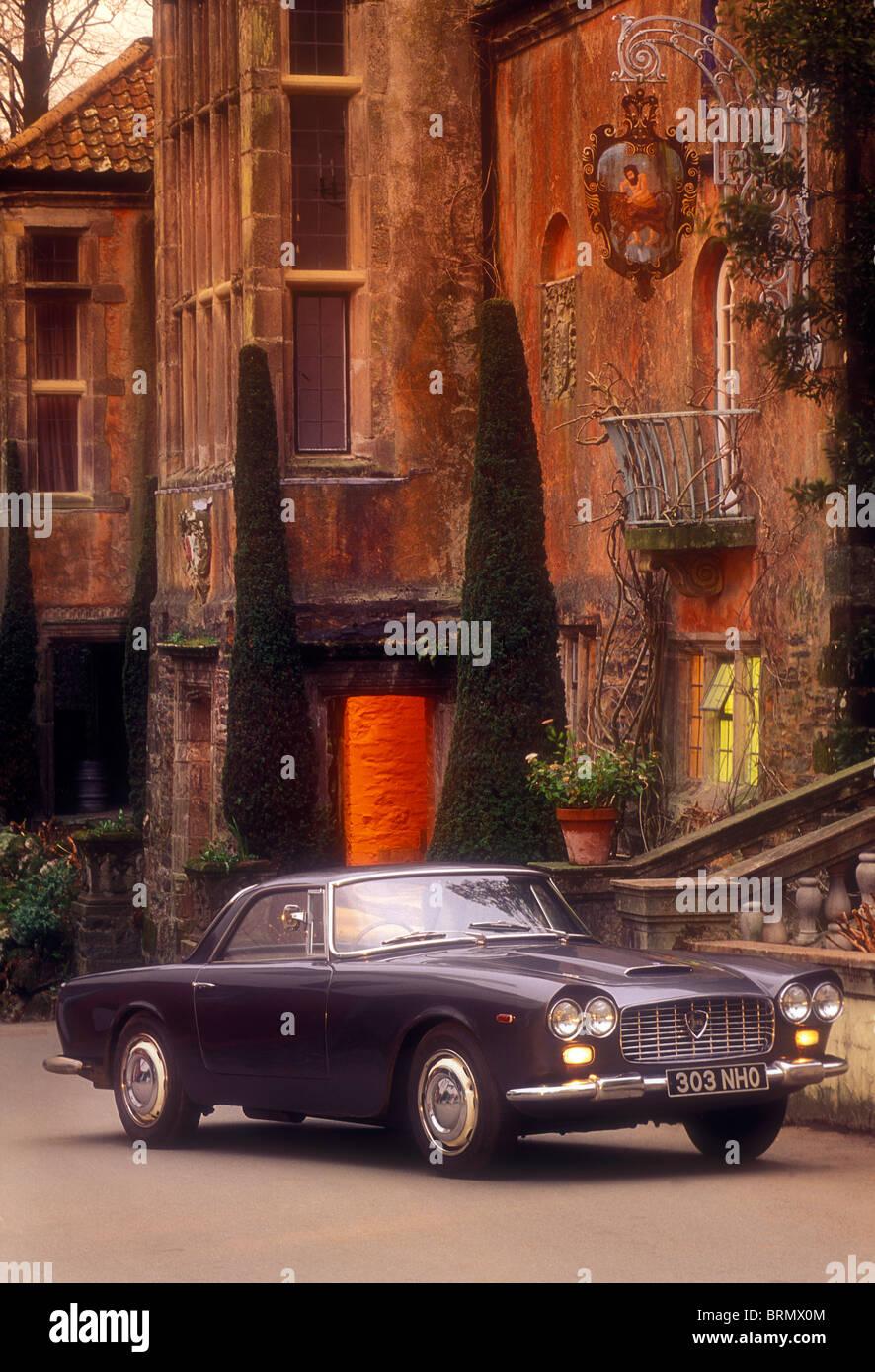 Lancia Flaminia Coupe 1963 at Portmeirion Village Wales - Stock Image