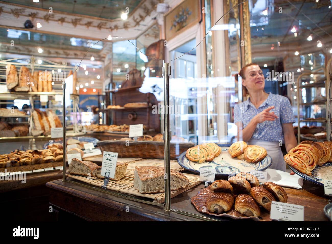 Boulangerie du Pain et des idees, Paris - Stock Image