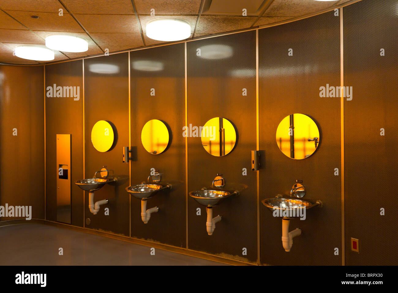 urinals and sinks, McCormick Tribune Campus Center,  Illinois Institute of Technology, Chicago, USA - Stock Image