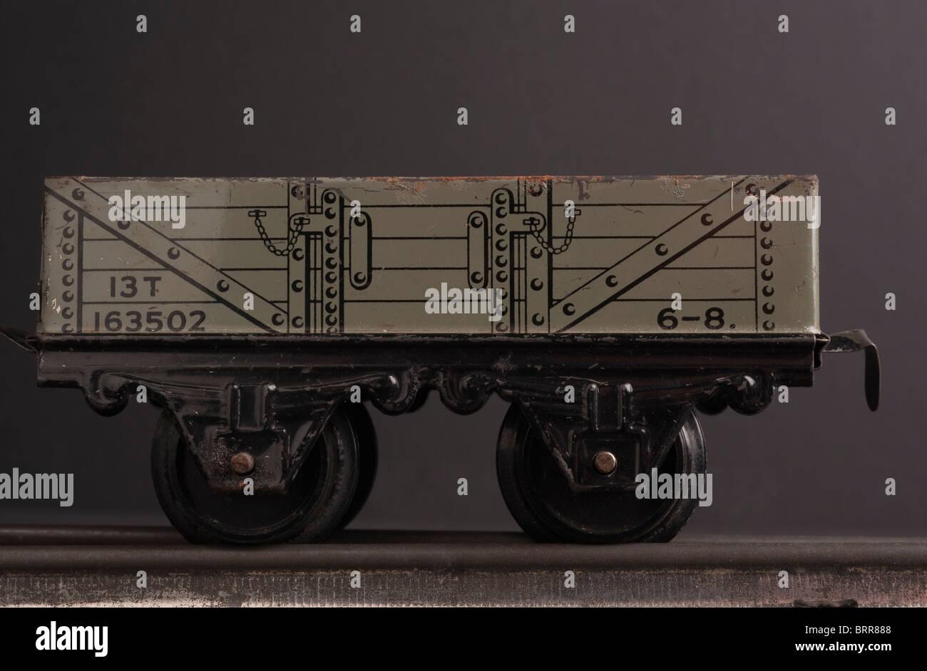 Tinplate Hornby 0 Gauge Wagon, circa 1950s - Stock Image