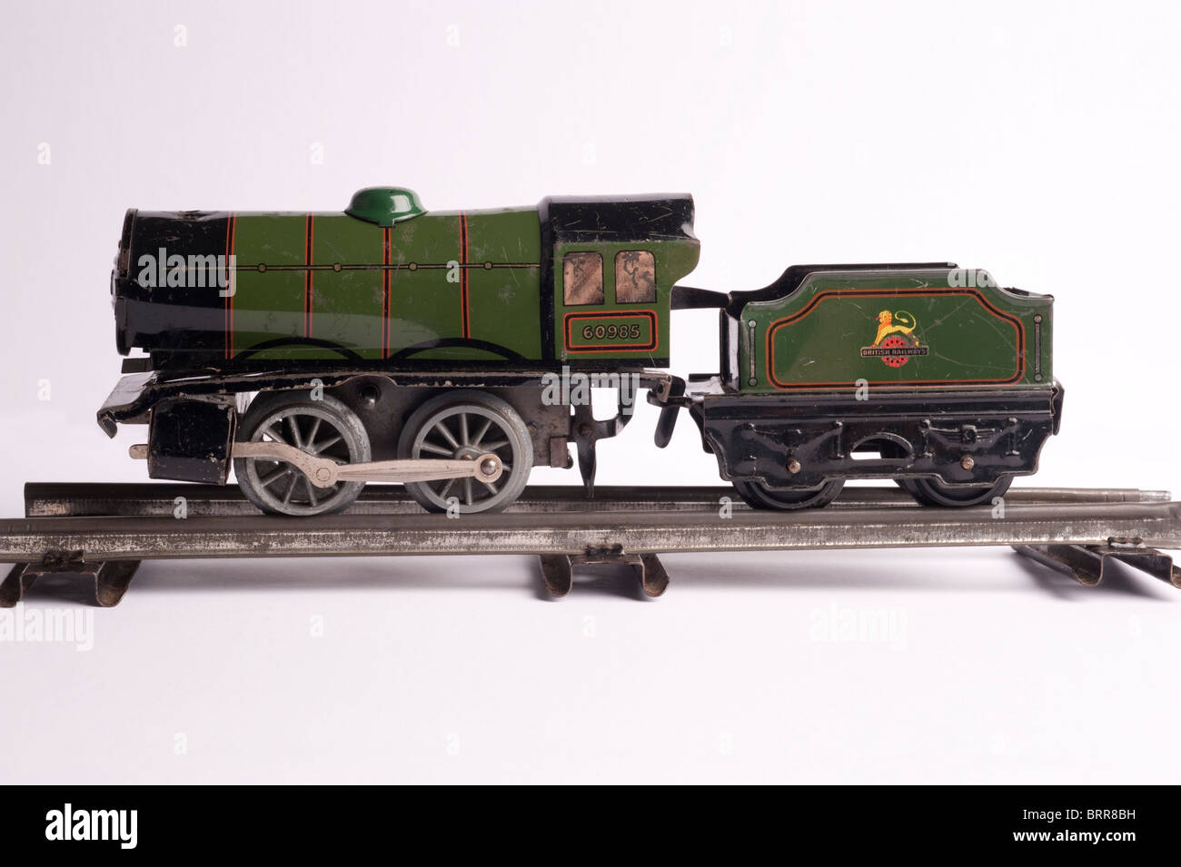 Tinplate Hornby 0 Gauge Train, side view, circa 1950s - Stock Image