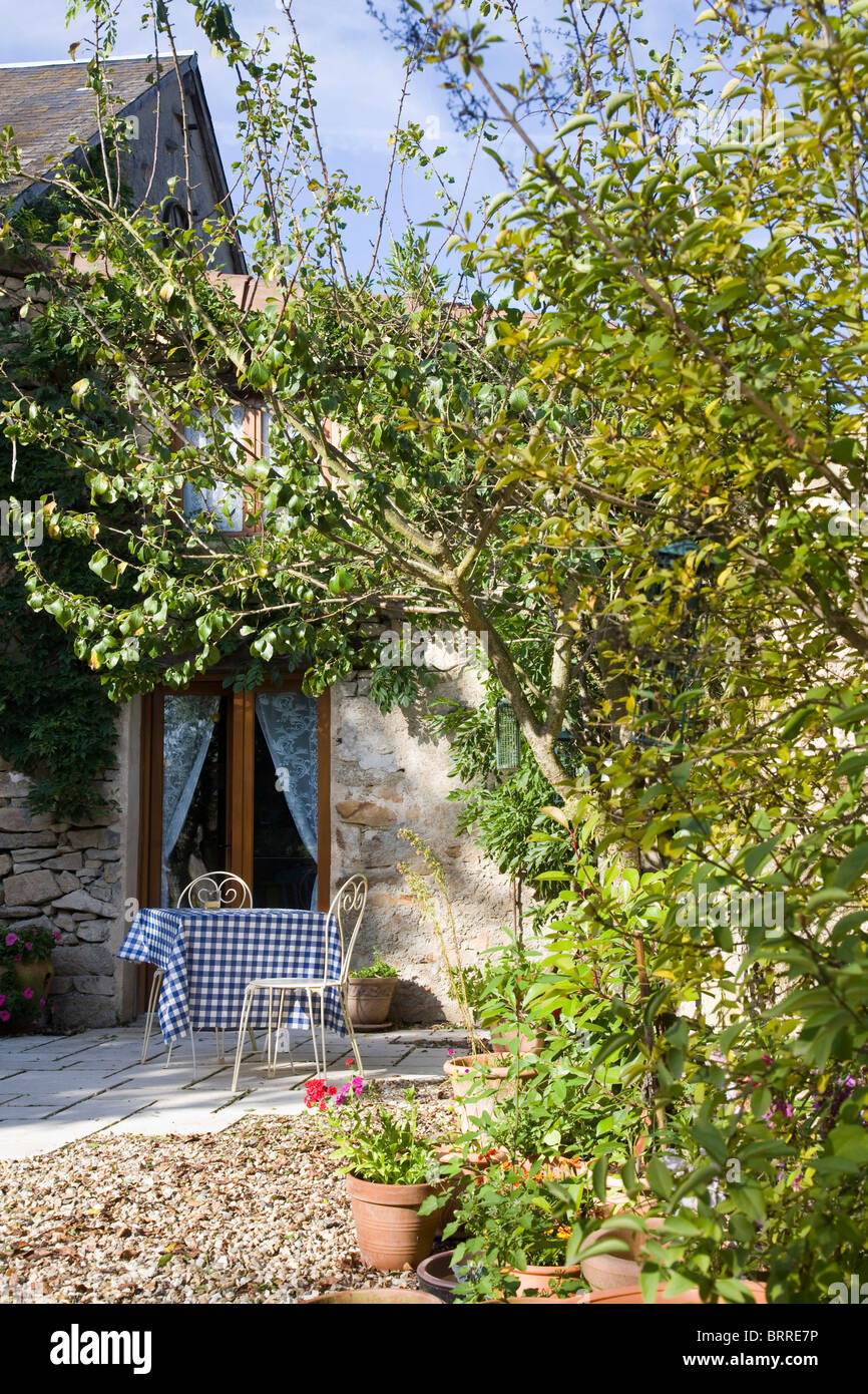 summer table in a French country garden - Stock Image