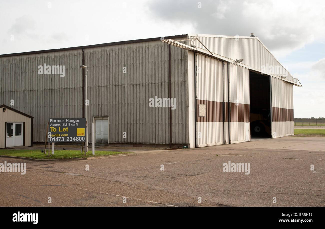 Former hanger to let USAF RAF Bentwaters base, Suffolk, England - Stock Image