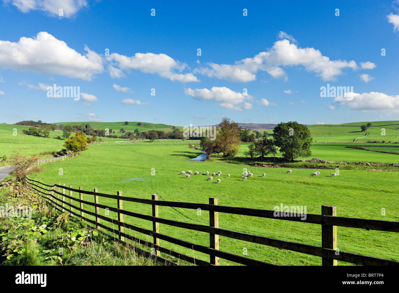 Countryside between Airton and Hetton, Wharfedale, Yorkshire Dales National Park, England, UK - Stock Image